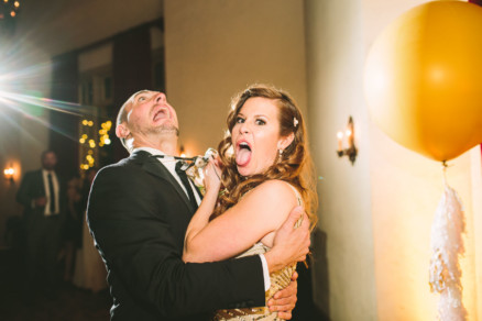 Fun and Flirty Coronado Wedding – Photo by Let's Frolic Together