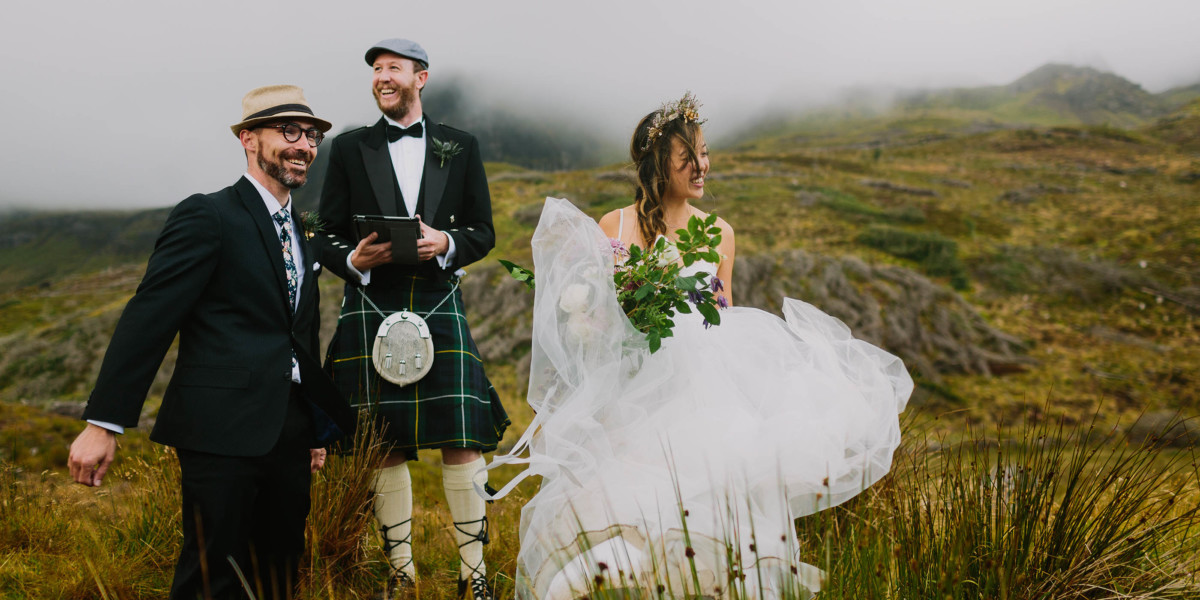 Wedding Photography Business Basics – Photo by Let's Frolic Together