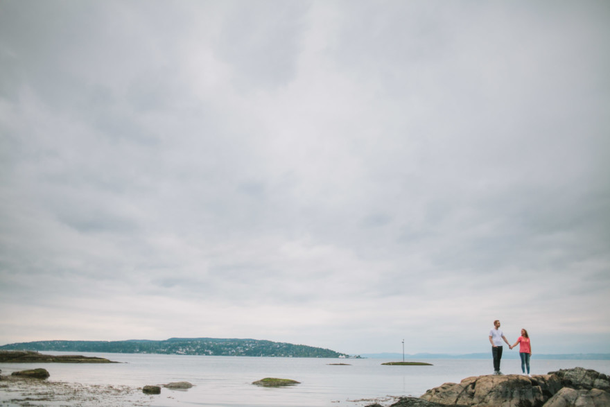 Norwegian Love at the Fjord – Photo by Let's Frolic Together