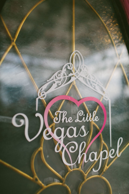 Elvis Wedding at the Little Vegas Chapel – Photo by Let's Frolic Together