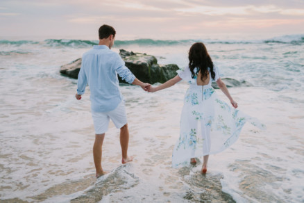 Engagement Under a Painted Sky – Photo by Let's Frolic Together