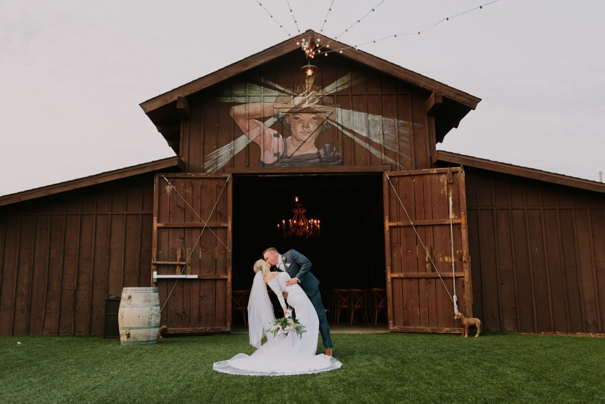 Rustic and Glam Garden Wedding – Photo by Let's Frolic Together
