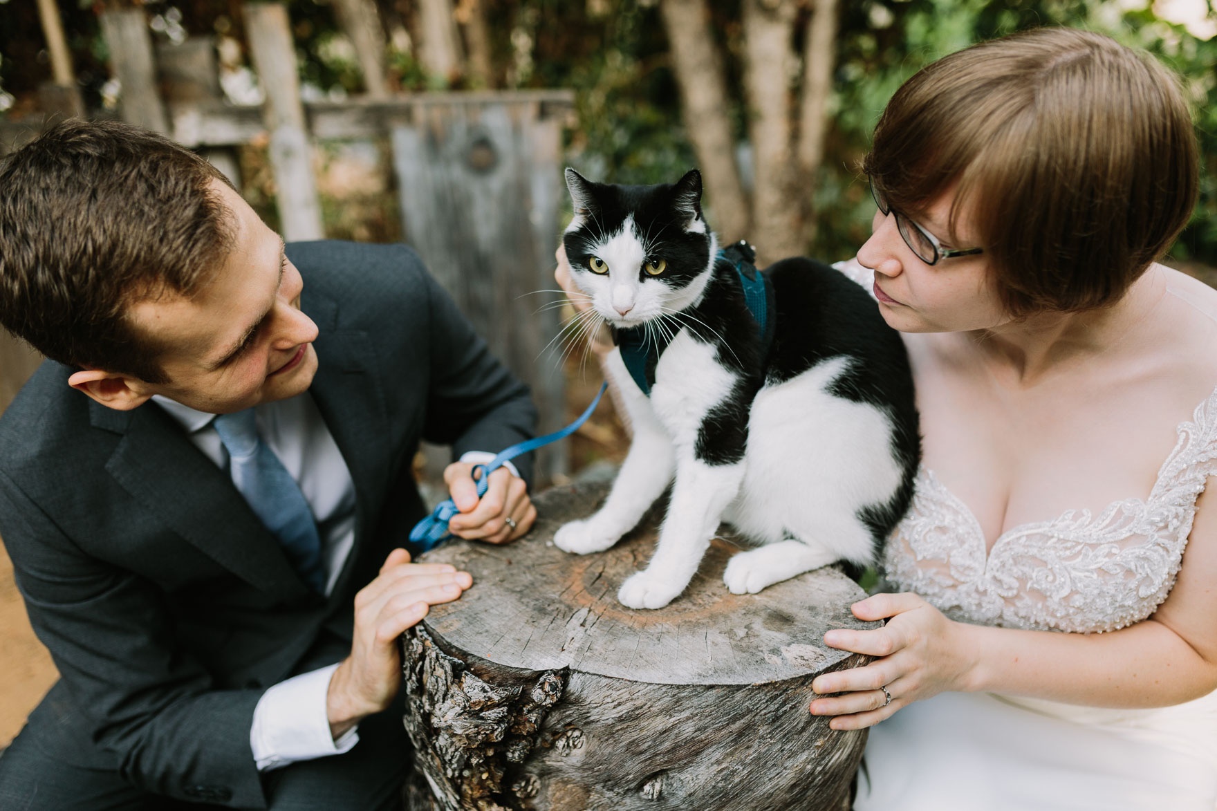 A Teeny Earthy Elopement – Photo by Let's Frolic Together