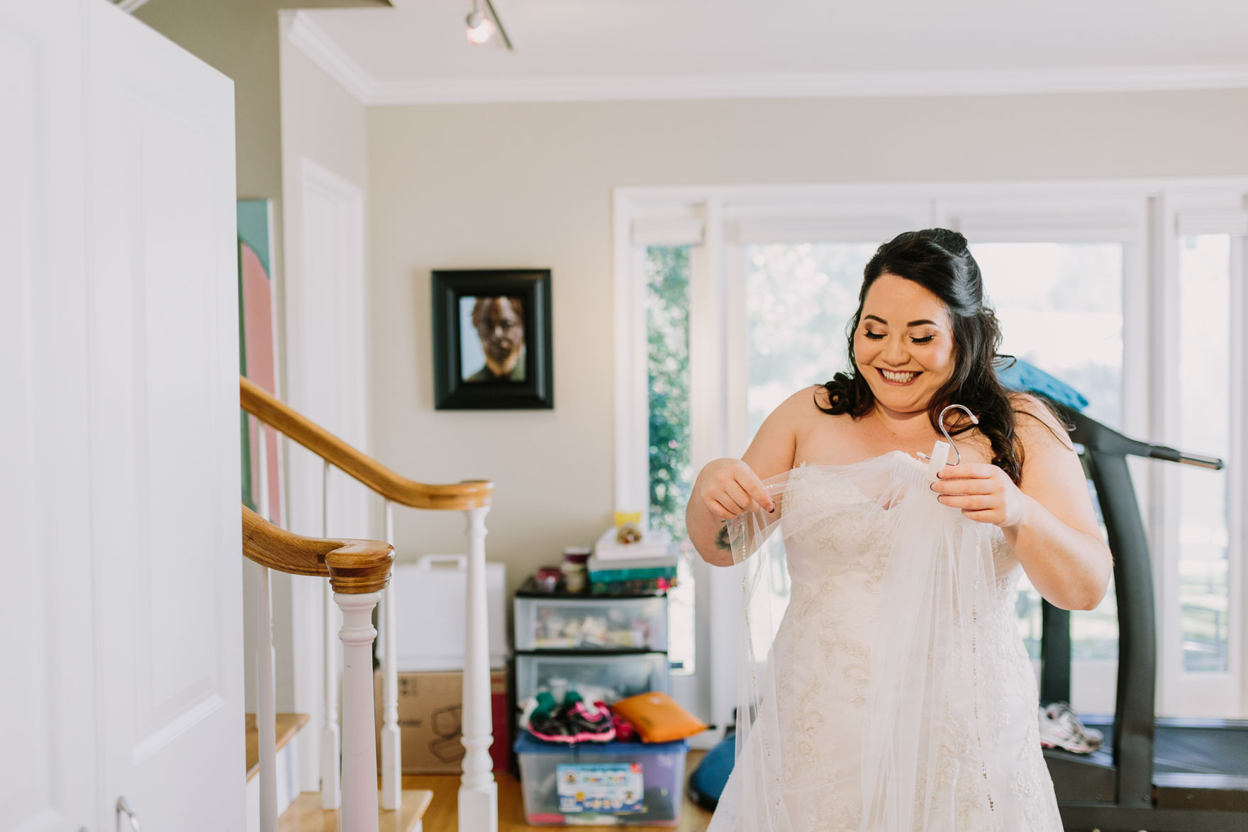Long Beach Tiny Wedding Bliss – Photo by Let's Frolic Together