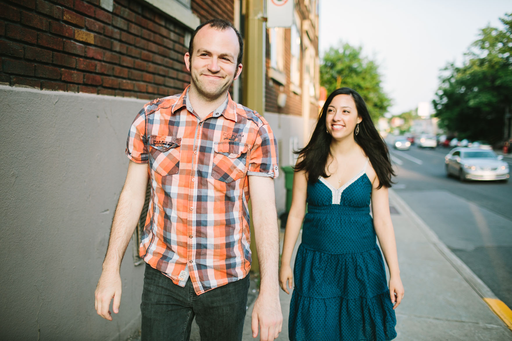 Snuggly Montreal Engagement – Photo by Let's Frolic Together