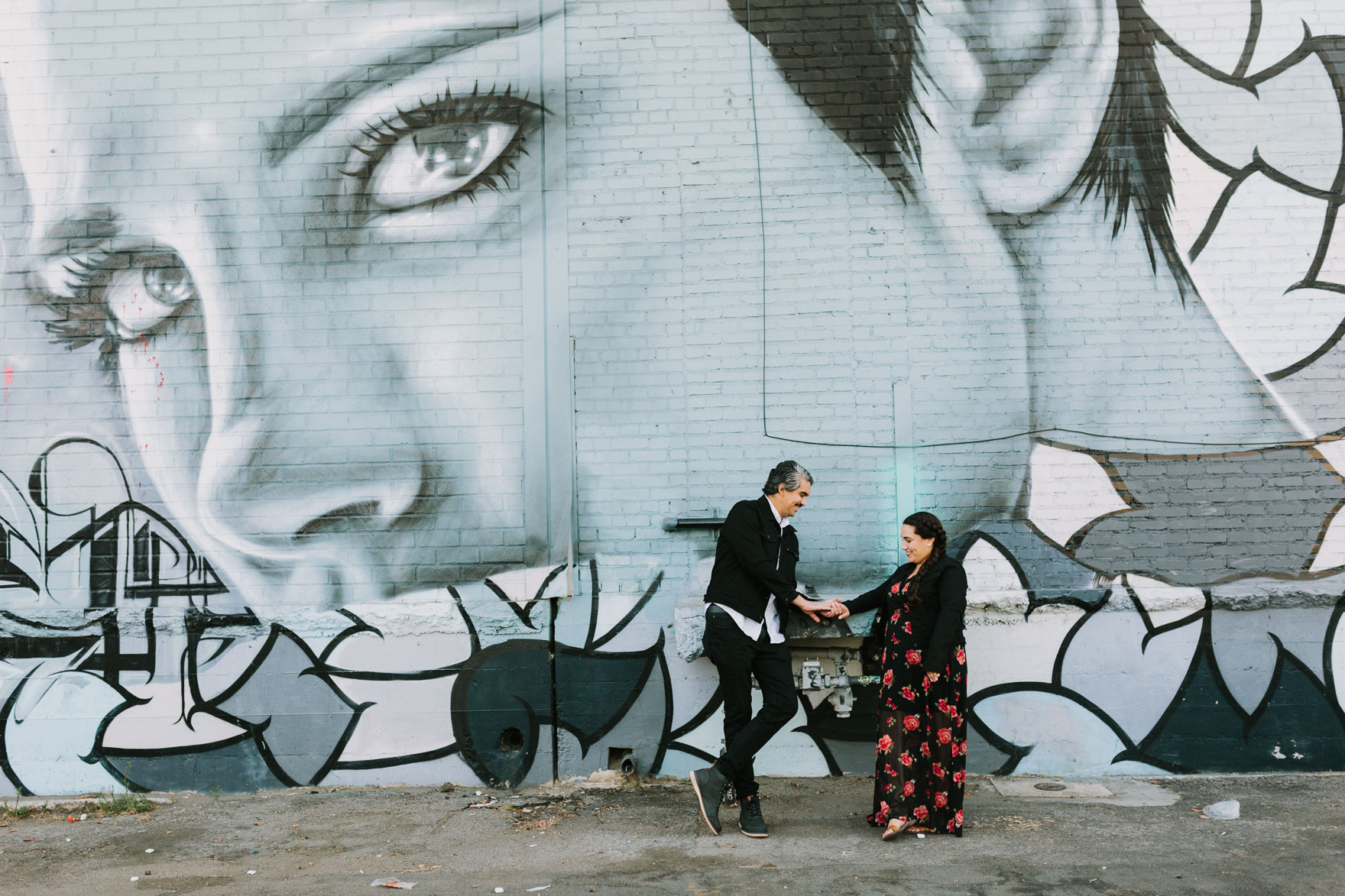 Love in the LA Arts District – Photo by Let's Frolic Together